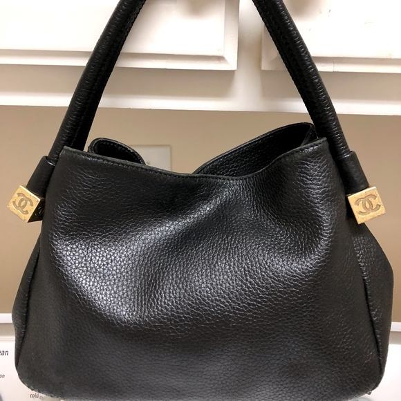 CHANEL Handbags - Chanel black women shoulder bag 38096174fa